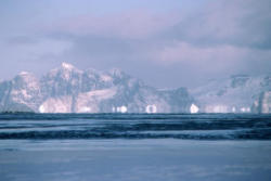 Antarctica_ice_mirage_tn_1